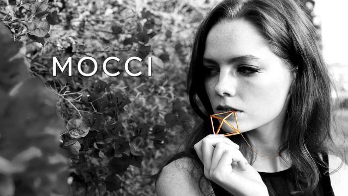 Mocchi - girl w pendant