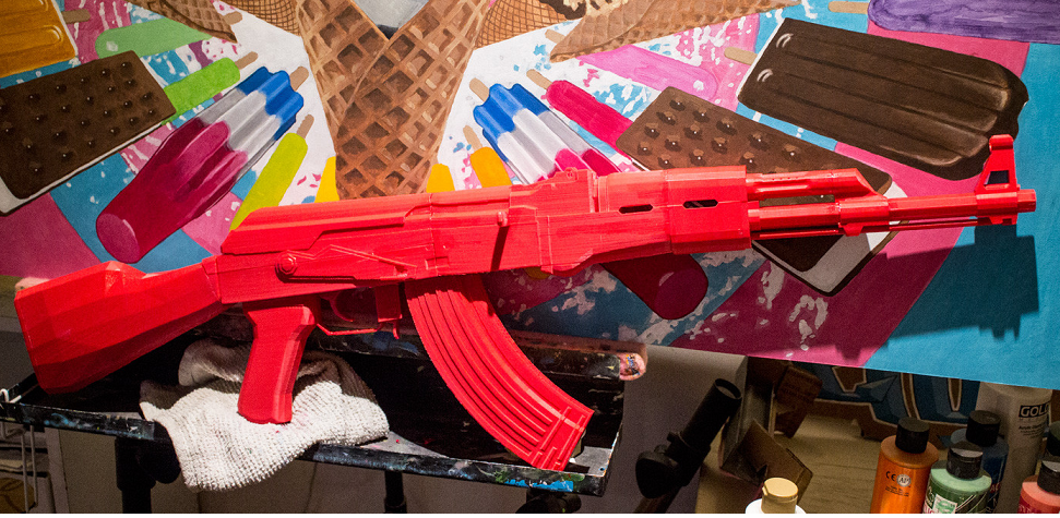 Hang a 3D Printed Kalashnikov AK-47 on Your Wall Courtesy of Reddit Maker EasilyUsed