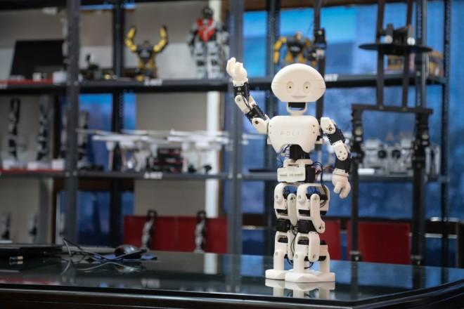 Soccer Playing, 3D Printed MANAV Robot Debuts at IIT Mumbai TechFest