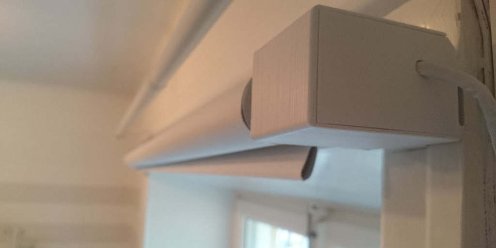 Arduino, App & 3D Printer Combined to Create Automatic Blind Opener for Brighter Mornings