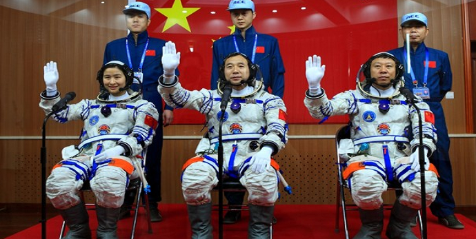 Chinese Space Program Builds 3D Printed Suit Connectors ...