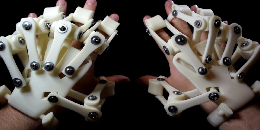 Australian Man 3D Prints Incredible Exoskeleton Hand