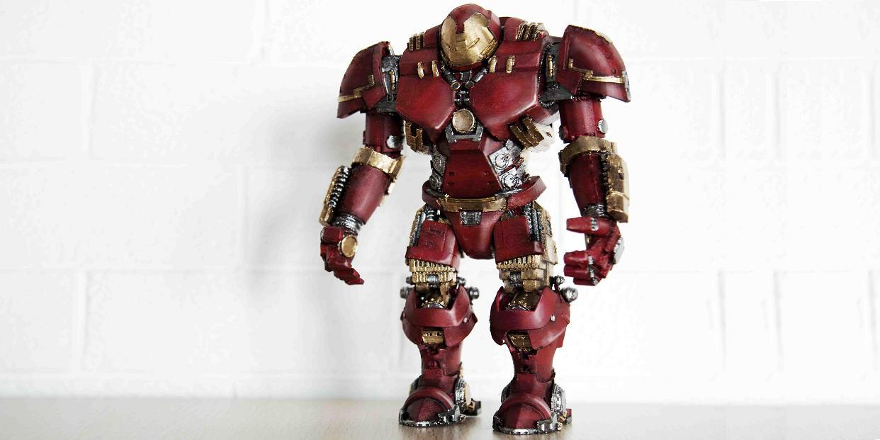 Designer 3D Prints Incredible Hulkbuster Action Figure