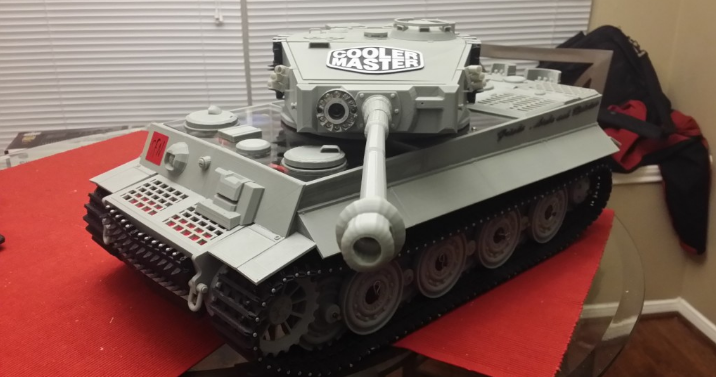 This 3D Printed RC Tank Doubles as a Fully Functional PC