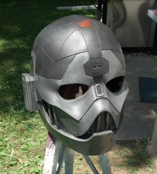 Sith Lord Kallig's 3D Printed Helmet From Star Wars: The