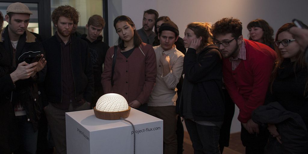 Beautiful 3D Printed Sculpture Appears to Move, Thanks to Lighting and Mathematics