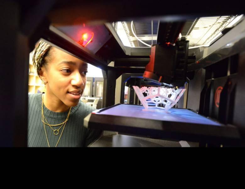 Montclair State University Opens a MIX Lab with 35 MakerBot 3D Printers on Campus