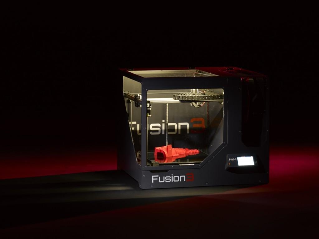 Fusion3 F400-S (Glamour Shot)