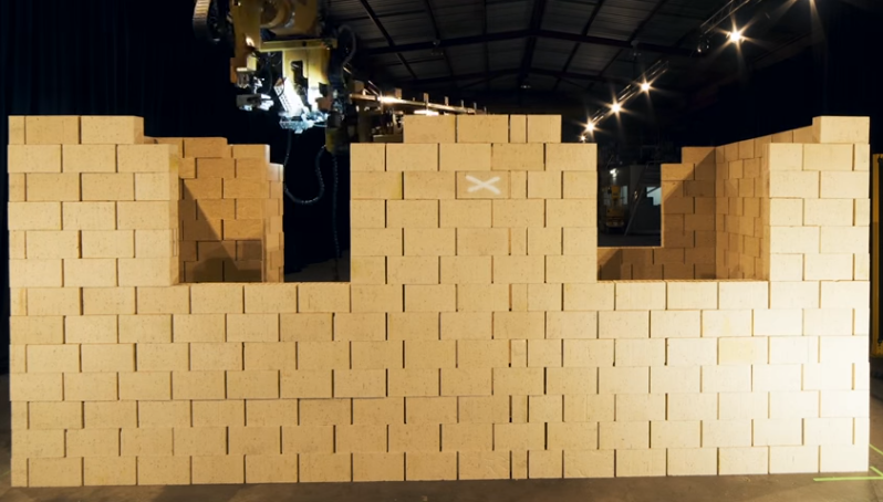Australian Company Fastbrick Robotics Introduces a Robot That Can Build a House 4X Faster than a Human