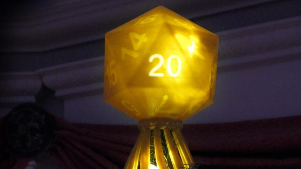 3dp_ten3dpthings_christmas_nerdy_d20_1