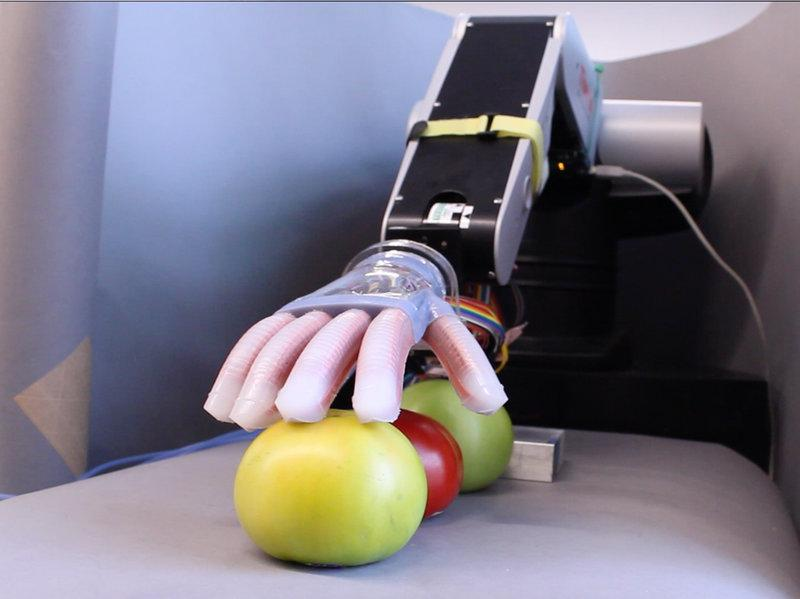 Using 3D Printing, Lithography & Soft Robotics: New Prosthetic Hands Made for $50 at Cornell