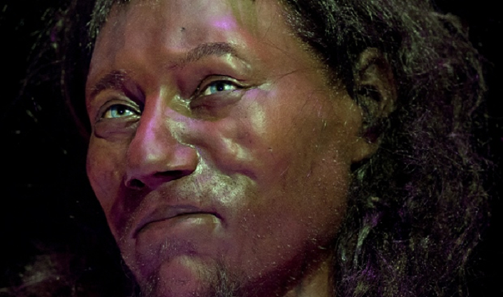 3D Printed Bust of Cheddar Man Shows Early Britons Had Dark Skin and Light Eyes