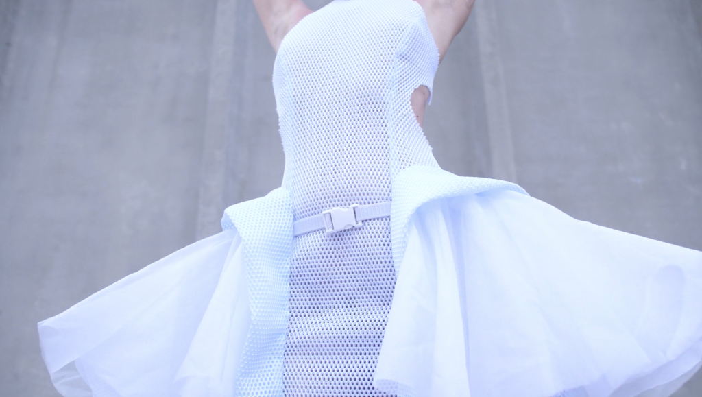 Anouk Wipprecht's 3D-Printed Proximity Attire Are Good for Social Distancing 4